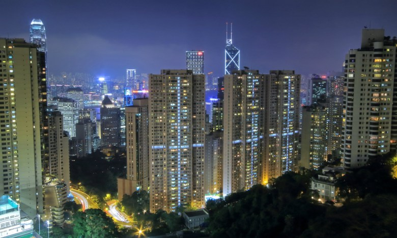 The super-rich tend to blend in with the crowd in Hong Kong. Photo: iStock