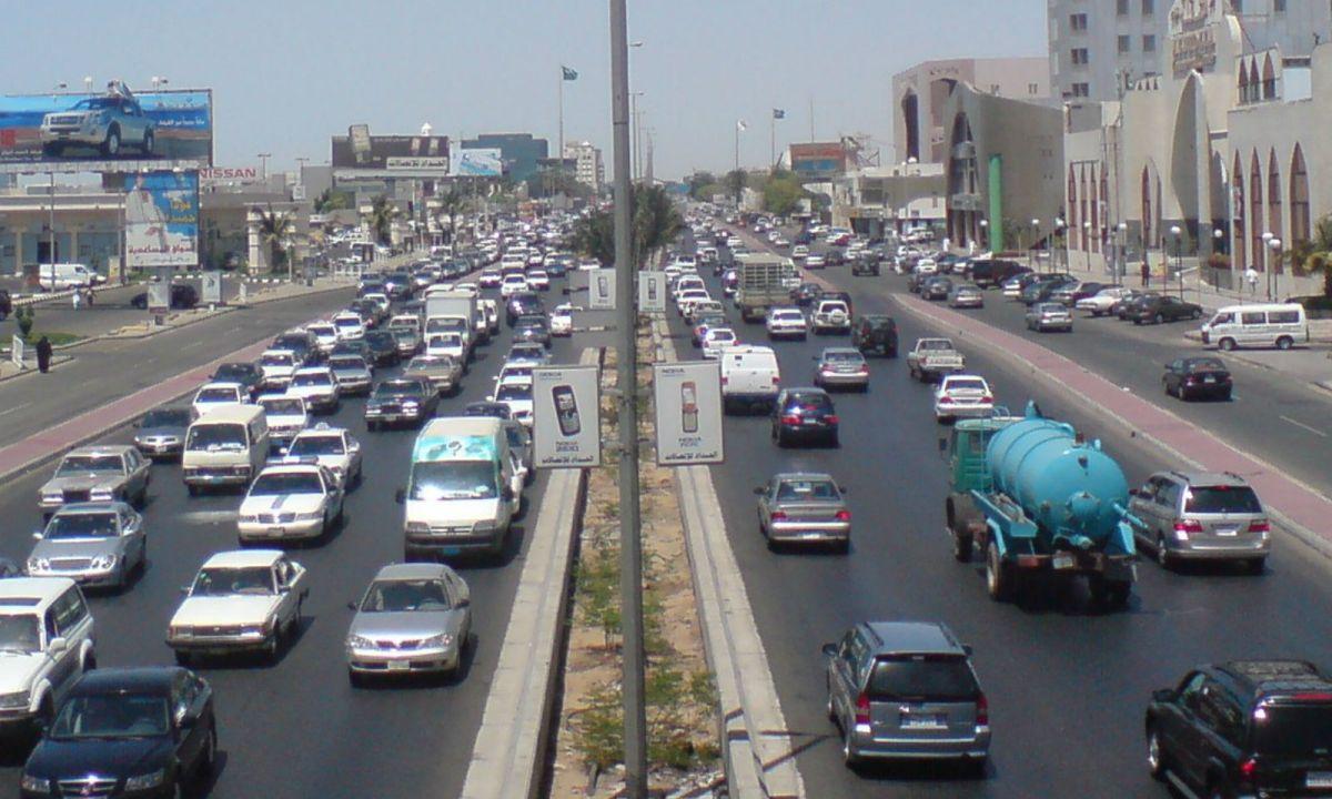 Medina Road in Saudi Arabia. Photo: Wikimedia Commons, Ammar shaker