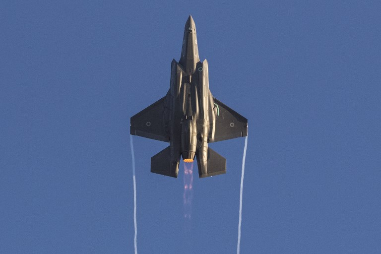 An Israeli Air Force F-35 Lightning II fighter jet performs during an air show. Photo: AFP/Jack Guez