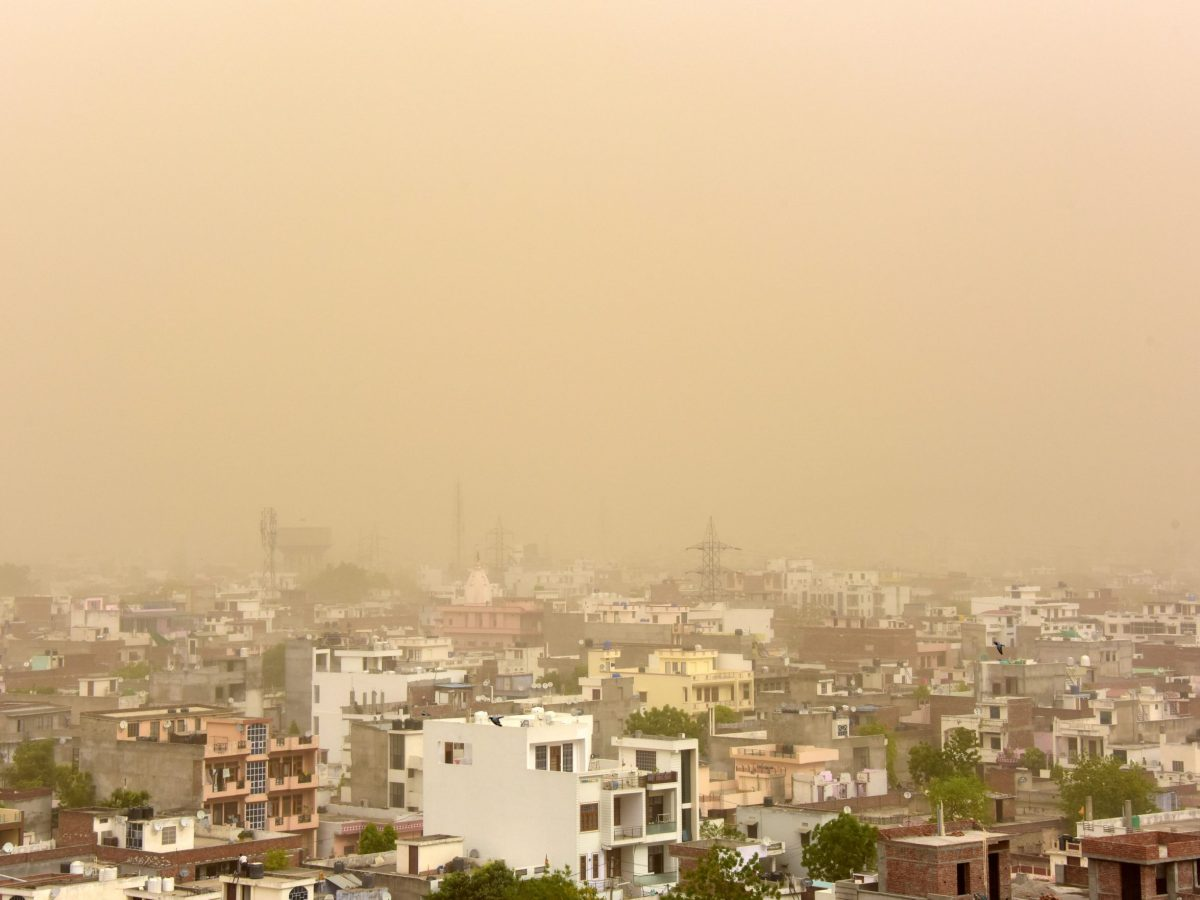 An aerial view of the dust-covered sky in Jaipur in the western state of Rajasthan, India, on May 8, 2018. Photo: Reuters / Vinay Joshi