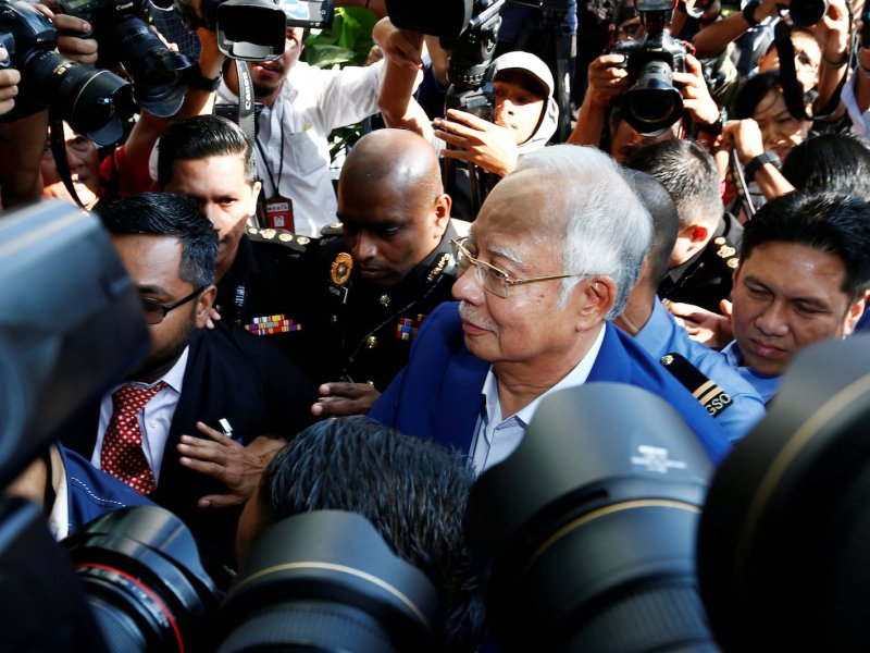Malaysia's former prime minister Najib Razak arrives to give a statement to the Malaysian Anti-Corruption Commission (MACC) in Putrajaya, Malaysia May 22, 2018. Photo: Reuters/Lai Seng Sin