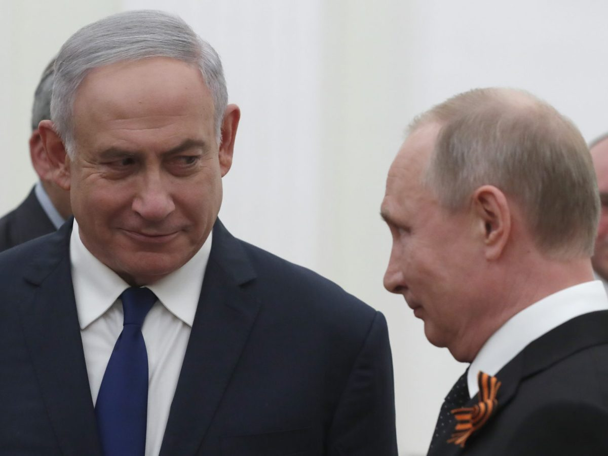 Russian President Vladimir Putin with Israeli Prime Minister Benjamin Netanyahu at the Kremlin in Moscow on May 9, 2018. Photo: AFP/Sergei Ilnitsky