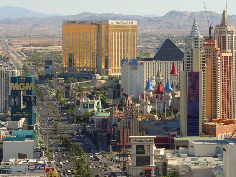 Las Vegas, Nevada. Photo: Wikimedia Commons, Jon Sullivan