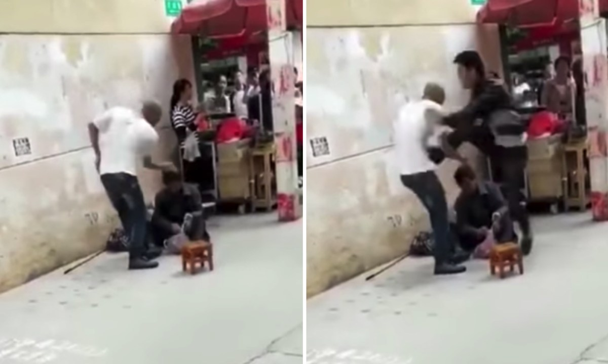 A Chinese man kicked an African, who bullied a beggar. Photo: Weibo