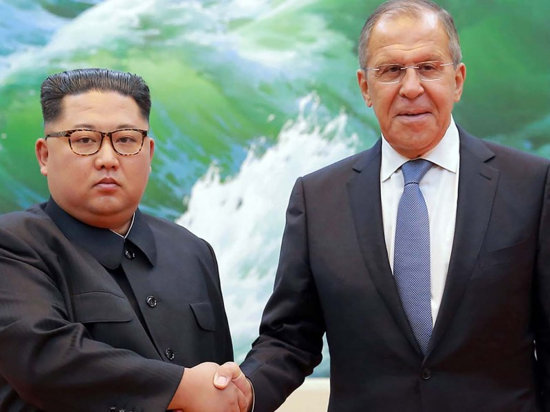 North Korean leader Kim Jong-un greets Russian Foreign Minister Sergei Lavrov in Pyongyang on June 1, 2018. Photo: AFP via KCNA and KNS