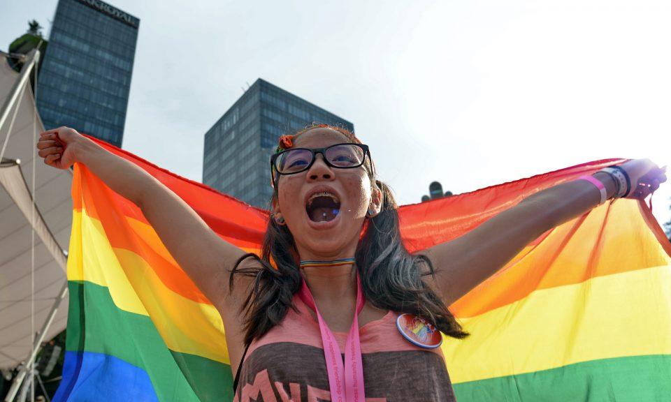 2017年7月1日,支持者參加在新加坡芳林公園舉辦年度粉紅點集會,以公開表示支持LGBT社區。相片:AFP / Roslan Rahman