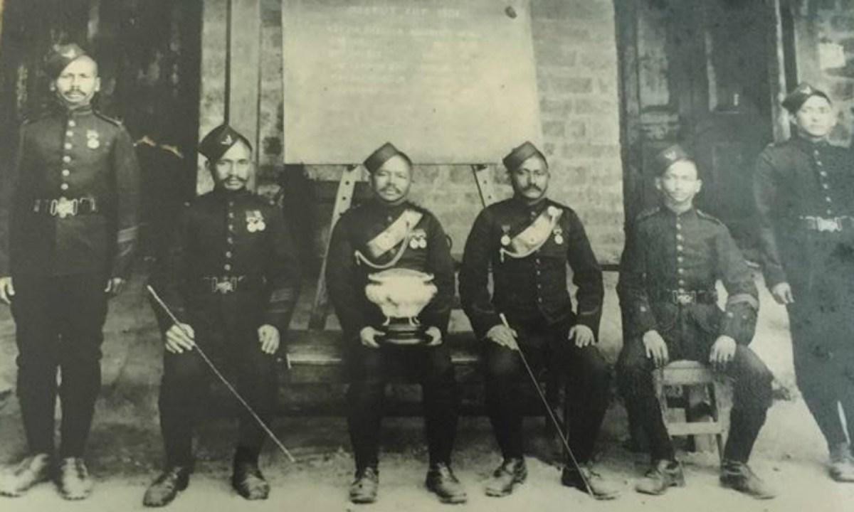 Subedar Gambhirshing Gurung and his fellow officers in 1911. Photo: The family of Subedar Gambhirsing Gurung