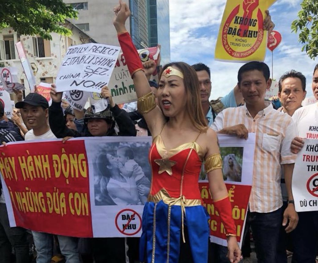 Vietnamese protesters take to the streets against the government's plans to pass a controversial special economic zone law. Photo: Twitter