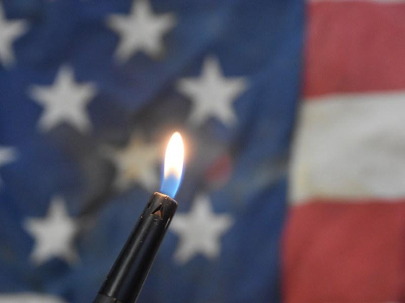 Burning the US flag. Photo: iStock