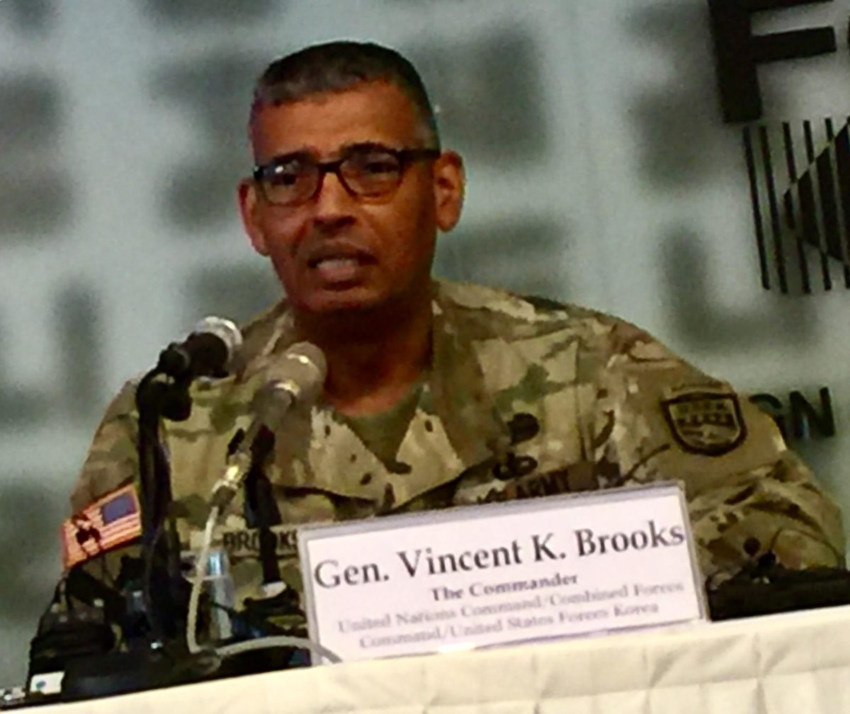 General Vincent Brooks, the senior US soldier in Korea, briefs foreign correspondents in Seoul. Photo: Andrew Salmon/Asia Times