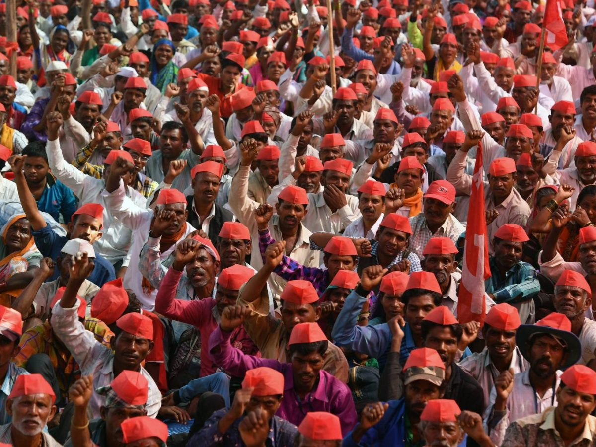 Indian farmers protest in Mumbai in March. Thousands of farmers walked more than 100km to demand better crop prices and land rights. Photo: AFP / Indranil Mukherjee