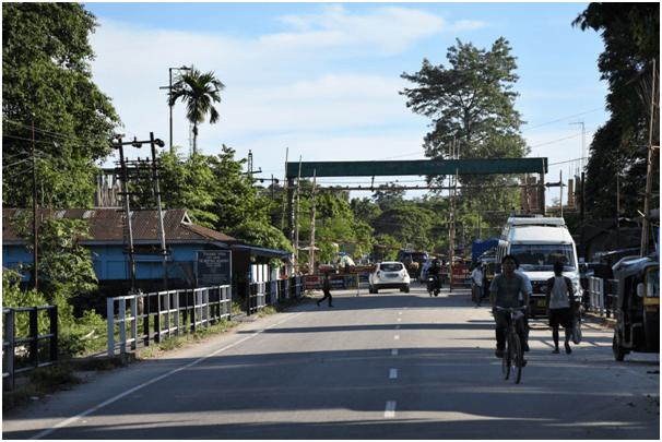 Border crossing in Shantipur, Sadiya, India. Photo: Suraj Gogoi