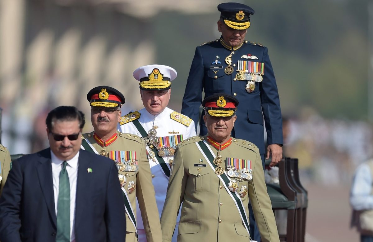 Pakistani Army Chief General Qamar Javed Bajwa, second right, is seen with Chief of Naval Staff Admiral Zafar Mahmood Abbasi, center, Air Chief Marshal Mujahid Anwar Khan, top right, and the Chairman of the Joint Chiefs of Staff Zubair Mahmood Hayat, second left, at the Pakistan Day military parade in Islamabad on March 23, 2018. Photo: AFP / Aamir Qureshi