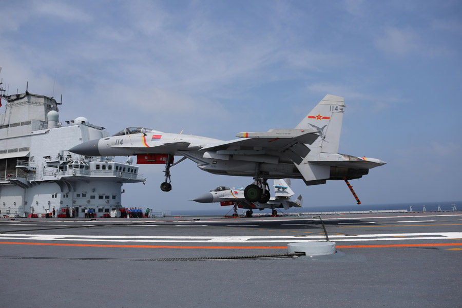 The J-15 fighters on the deck of the Liaoning carrier. Photo: Xinhua