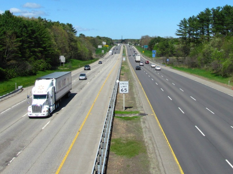 Route 95, Maine, USA. Photo by Wikimedia Commons.