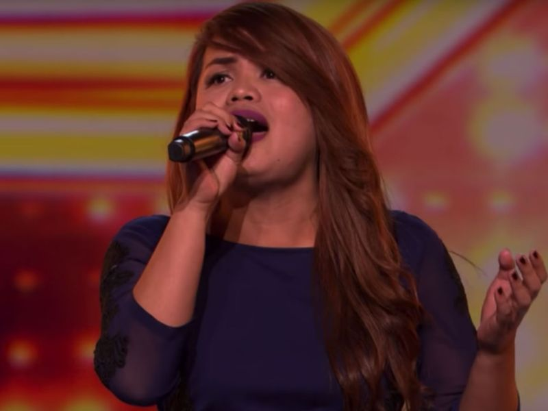 Sephy Francisco, an events singer from the Philippines, wowed the judges of The X Factor UK by singing both male and female parts of a duet. Photo: YouTube