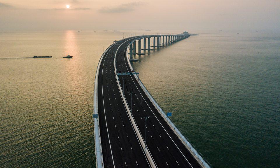港珠澳大橋的鳥瞰圖。相片:AFP / Anthony Wallace