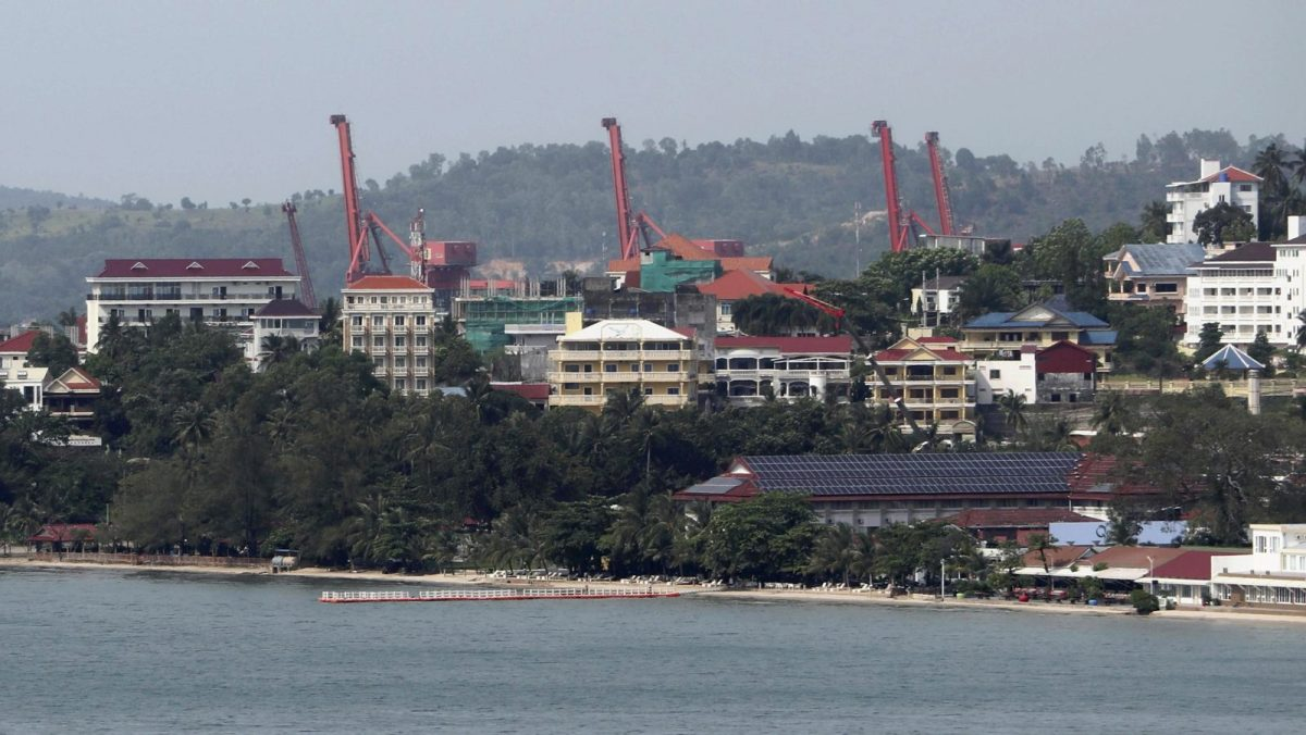 Construction projects in Sihanoukville mostly involve casinos and hotels for Chinese people. Photo: AFP/The Yomiuri Shimbun