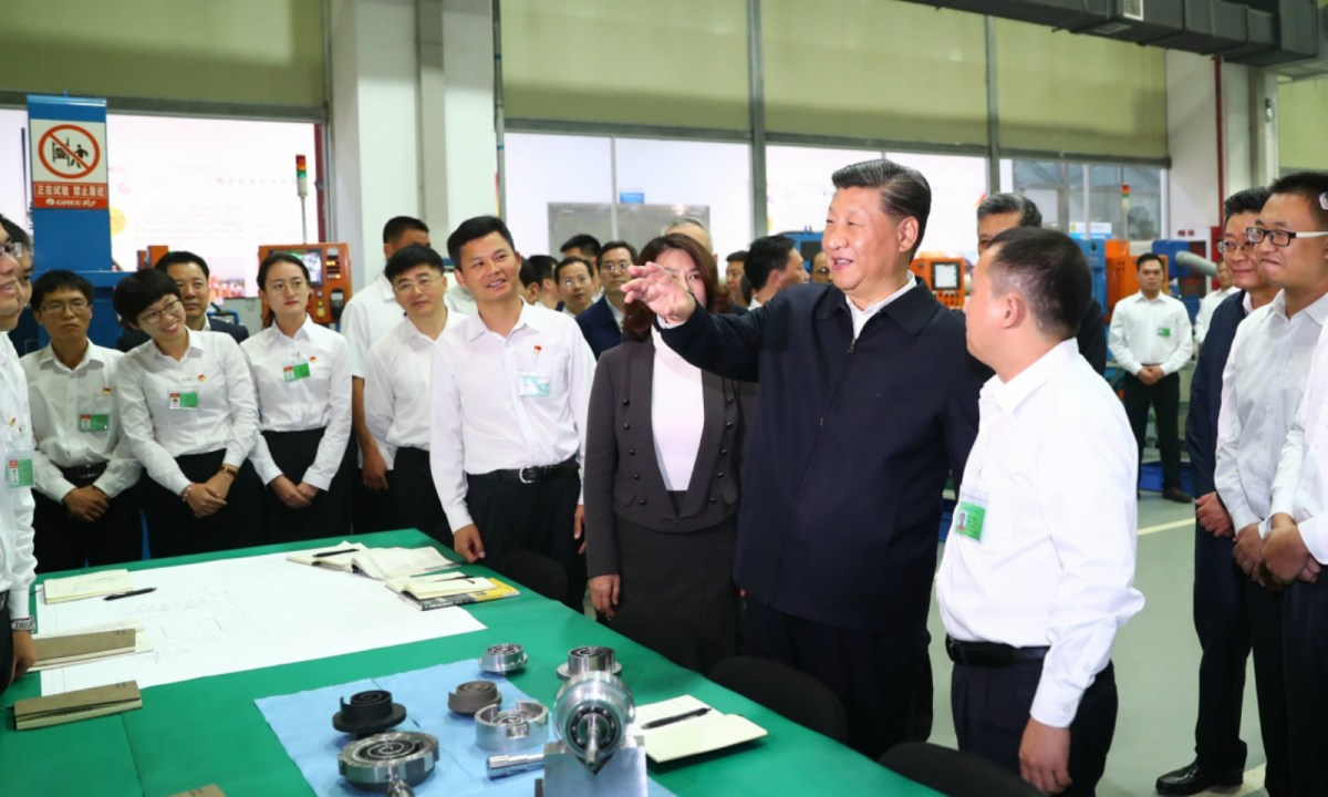 Xi Jinping visited the headquarters of Gree Electric in Zhuhai on Monday. Photo: Xinhua