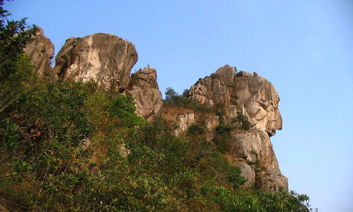 Lion Rock Hill, Hong Kong. Photo: Wikimedia Commons