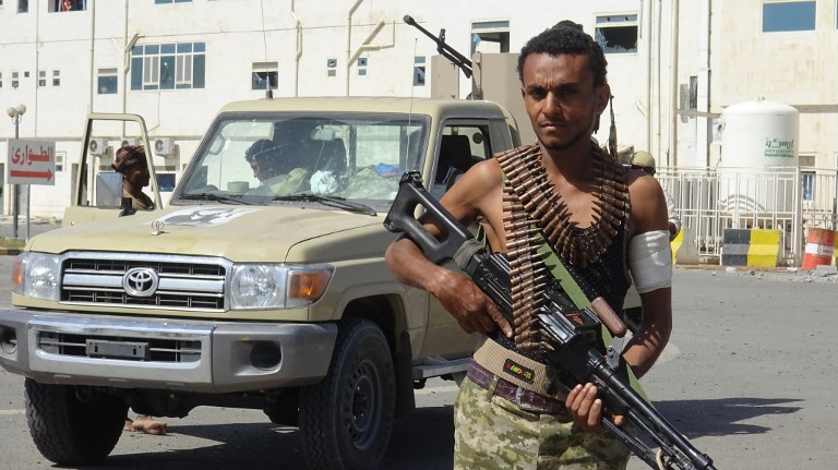 A member of the Yemeni pro-government forces in the city of Hodeida. Photo: AFP