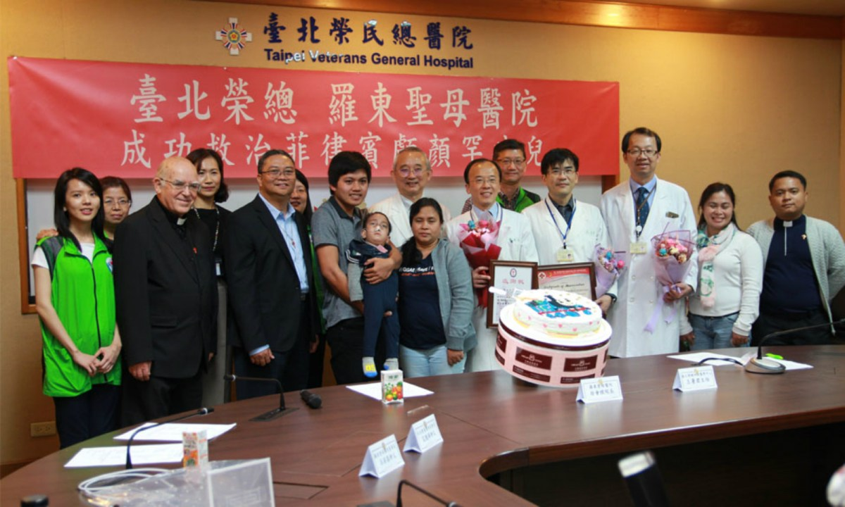 Staff from both hospitals in Taiwan celebrate Joseph's birthday. Photo: www.vghtpe.gov.tw