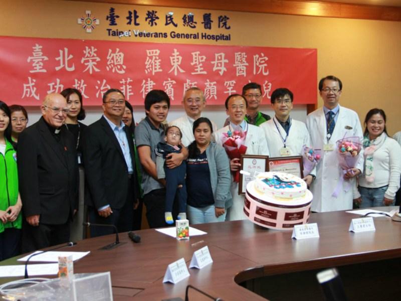 Staff from both hospitals in Taiwan celebrate Joseph's birthday. Photo: www.vghtpe.gov.tw