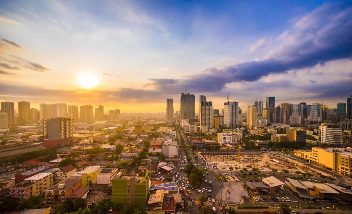 Sunset in Manila. Photo: iStock