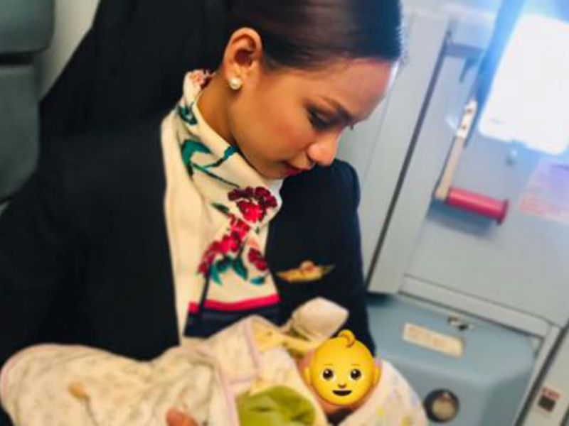 Filipino flight attendant Patrisha Organo helped a passenger's hungry baby by offering to breast feed her. Photo: Facebook/ Patrisha Organo