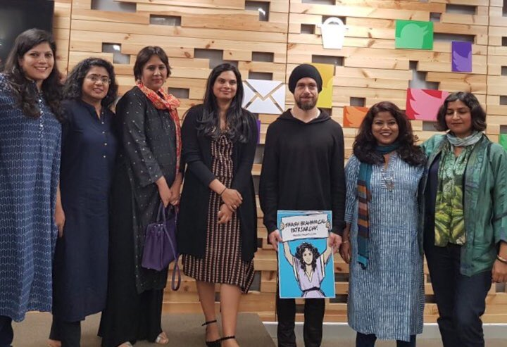 Twitter CEO Jack Dorsey with Indian female journalists and the offending placard. Photo: Twitter/@annavetticad