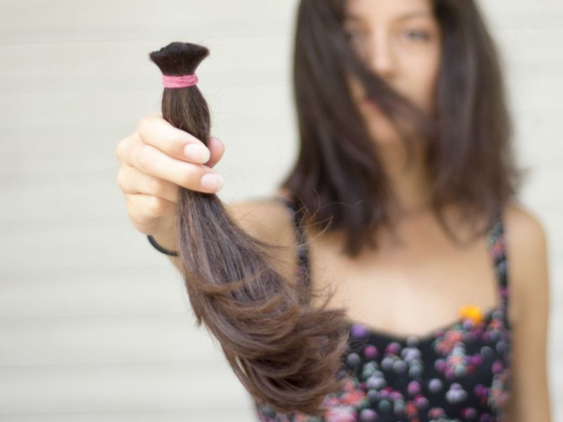 A charity provides real-hair wigs to cancer patients who have lost their hair, and a Filipino-British girl encourages her friends and classmates to donate their hair like she did. Photo: iStock
