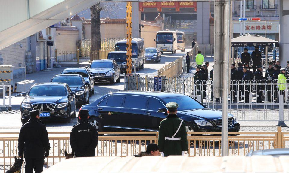 金正恩的車隊於本周二早上離開北京火車站。相片:AFP / The Yomiuri Shimbun