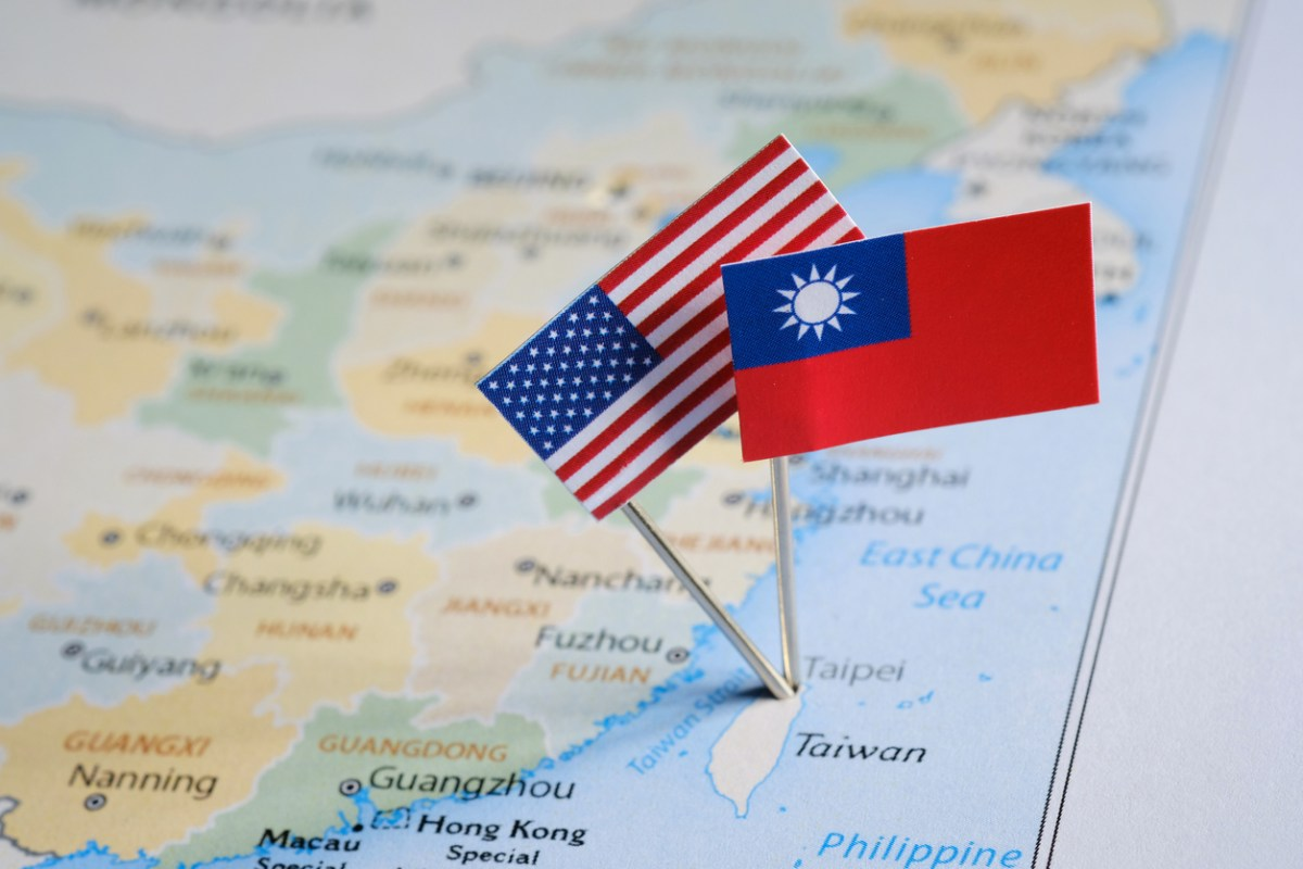 China rodea a Taiwán en demostración de fuerza militar