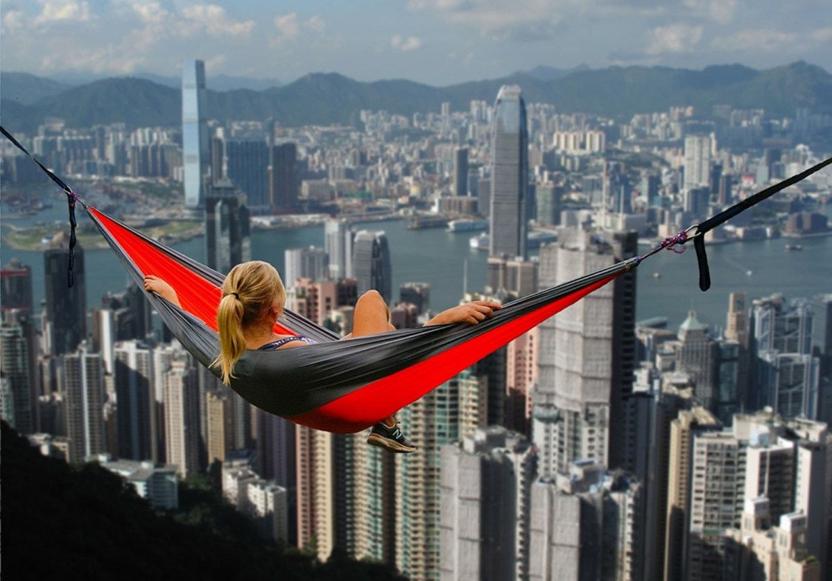 Over 40% of expats may soon leave HK, AmCham survey says