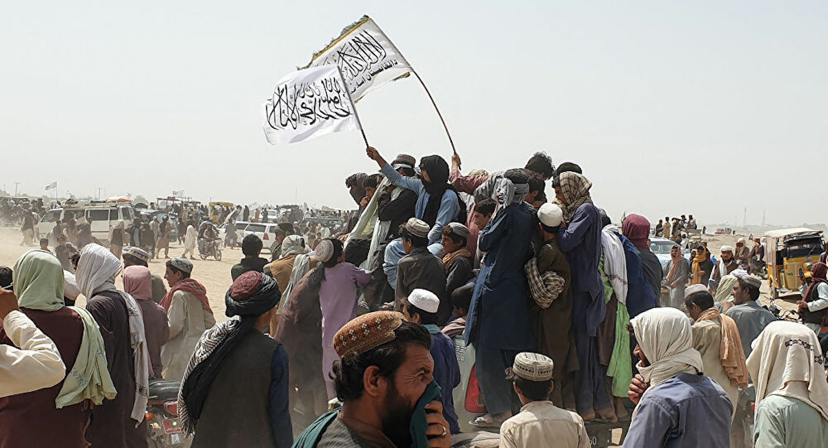 Taliban in Spin Boldak, the very busy commercial border between Afghanistan and Balochistan in Pakistan. Photo: AFP