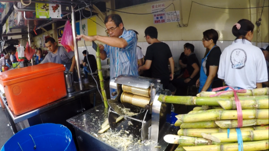 Fresh Sugar Cane Juice to go with your bowl of Assam Laksa