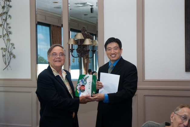 Dr. Pete Simmons & Mr. Stan Chen