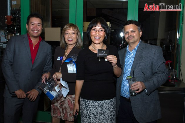 Allen Auyong, Coco Johnston, Jing yu and Kannan Srinivasan