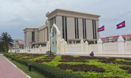 Cambodia Lead Regional Authoritarianism  By Thitinan Pongsudhirak*