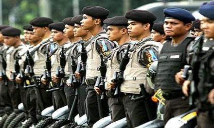 INDONESIA-NO POLITICS FOR THE POLICE