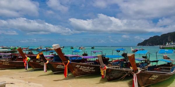 THAILAND-SLUMP SHOWS GOVT MUST CLEAN UP TOURISM ACT