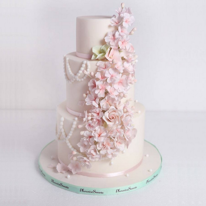 Phoenix Sweets   Cakes   Catering   Hong Kong Asia Wedding Network     4 Interesting Wedding Cake Trends You Should Know