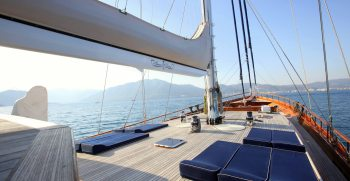 luxury-charter-gulet-queen-of-datca-sundecks