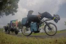 auf dem Weg nach Pangandaran/Indonesien