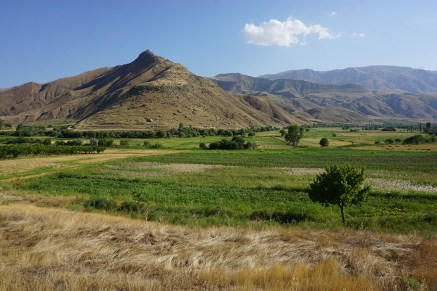 über die Armenischen Berge