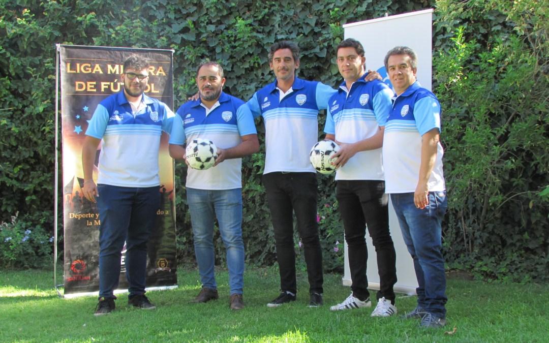 Formarán dos selecciones de fútbol mineras para jugar en Buenos Aires