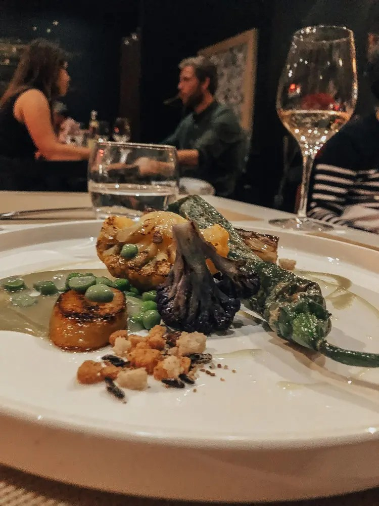 Top Bistros for Solo Females in Bordeaux, France