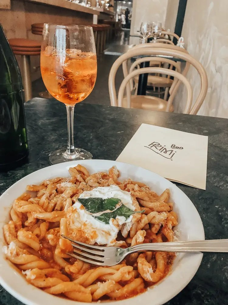 Lunch Time Vibes at Bar Primi
