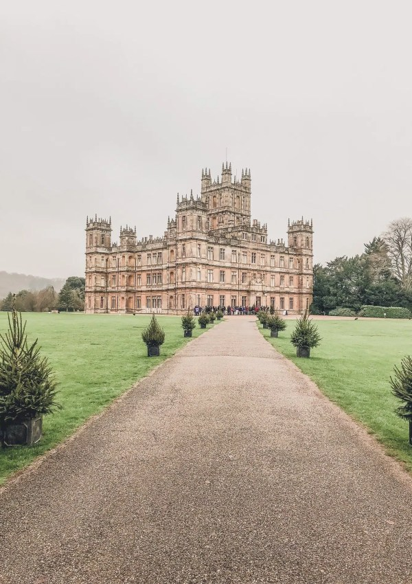 5 Best Tips For Visiting Highclere Castle | Downton Abbey
