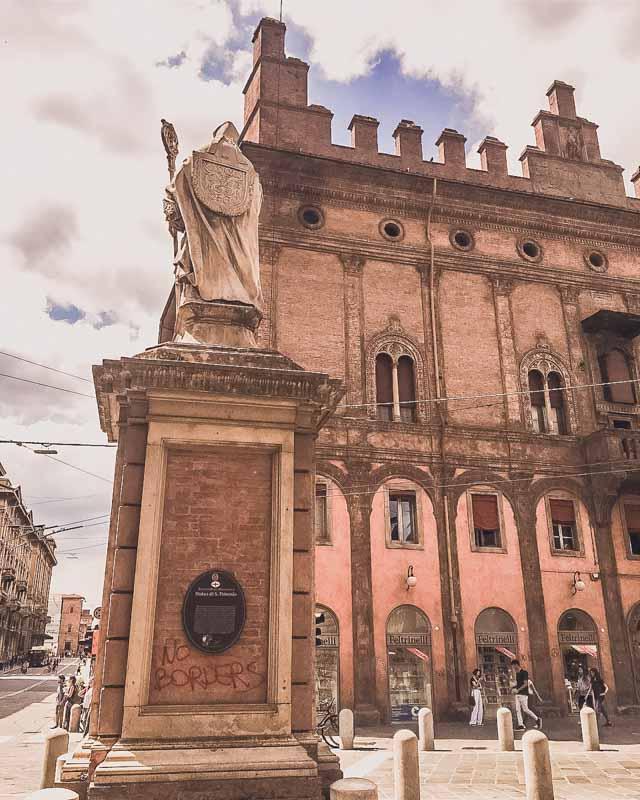 Most Impressive Buildings in Bologna